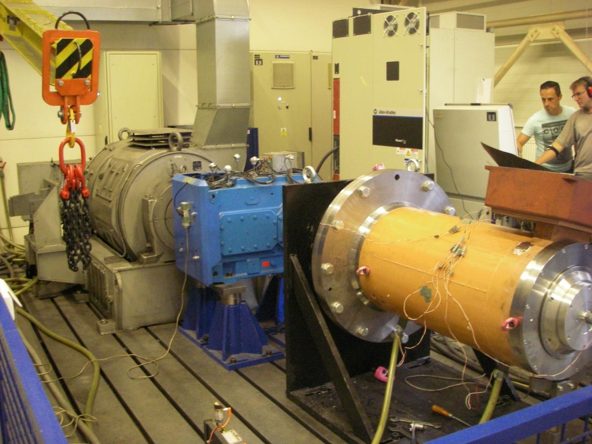 Der Hauptantrieb der Rocket Mill im Testlauf.