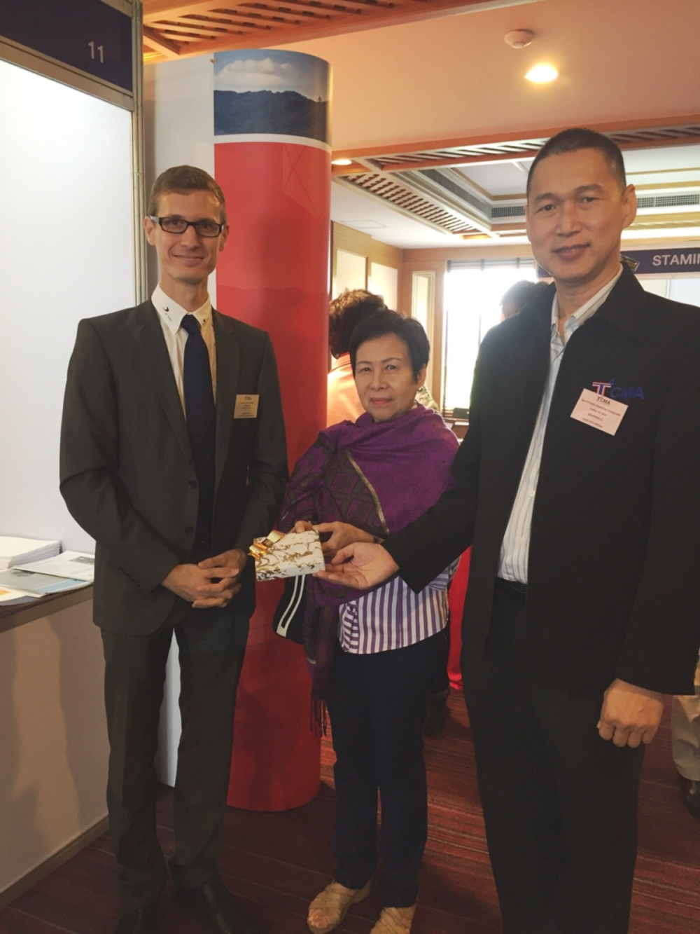 Dr. Kern visited customers in  Thailand in 2016.