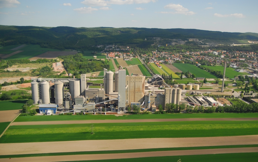 The cement plant in Mannersdorf.
