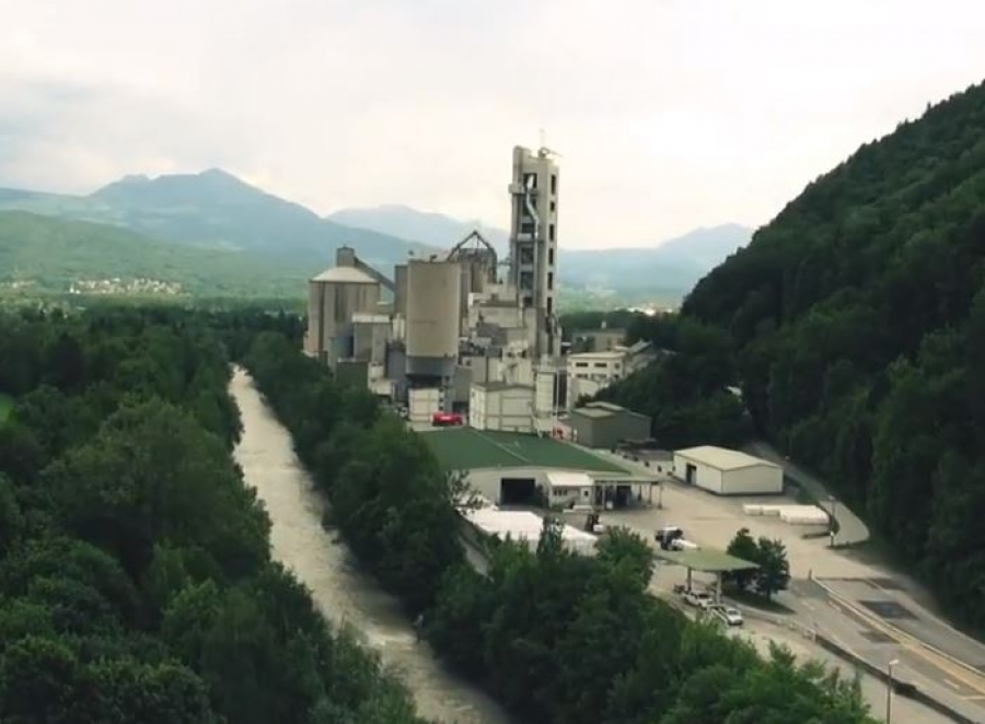 The cement plant in Gartenau.